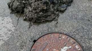 La presencia de toallitas húmedas en el alcantarillado siguen generando problemas de funcionamiento.